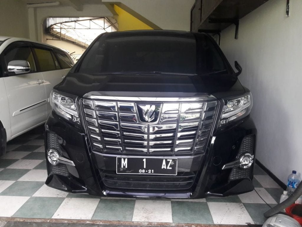 Rental Alphard Surabaya